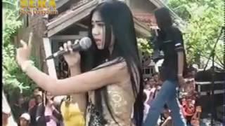 Video SERA - SAMBALADO - FIBRI VIOLA - LIVE SURABAYA.mp4 download MP3, 3GP, MP4, WEBM, AVI, FLV Oktober 2017