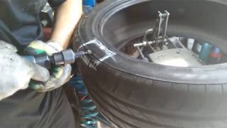 Как мы устраняем грыжу на шине Continental, показываем подробно!