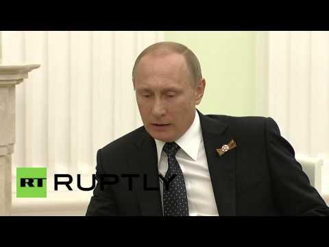 Russia: Putin and Czech President Zeman meet on V-Day