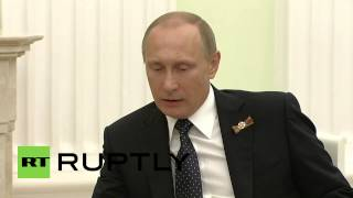 Russia: Putin and Czech President Zeman meet on V-Day