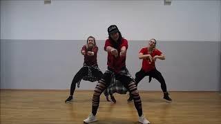 Contra La Pared - Zumba Fitness choreo by Gaby
