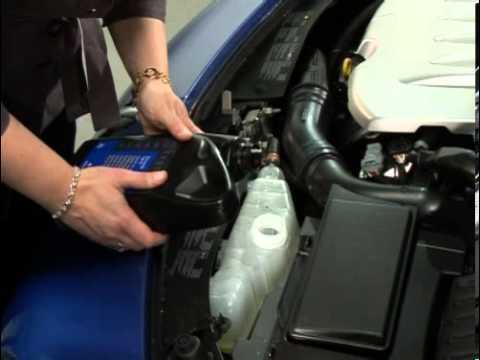 CLIO : Coolant level - YouTube