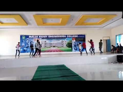 Malla Reddy students Amazing Dance performance on Annual Day 2k16