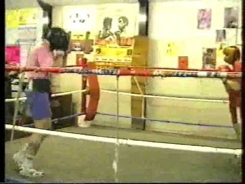mp4 video file Roger Byrne Sparring with Simon Harris December 1993