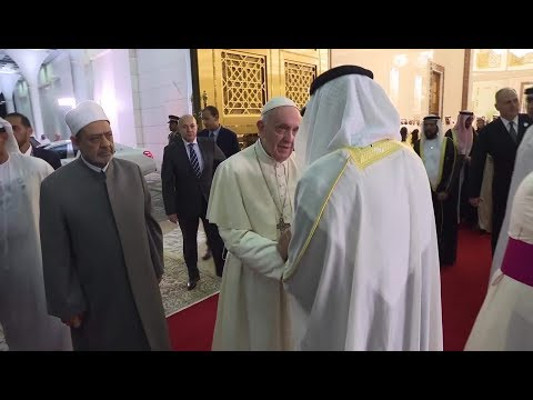 Crown Prince and Grand Imam receive Pope Francis in Abu Dhabi
