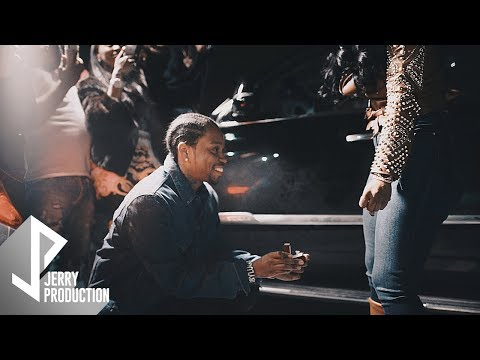 Payroll Giovanni Proposing To His Girlfriend Kendra (Shot by @JerryPHD)