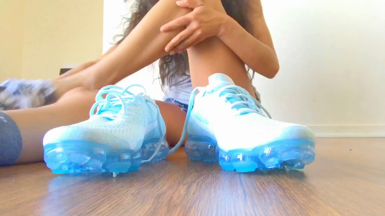 5373c99664c02 Nike VaporMax Flyknit Unboxing for Champs Sports - YouTube