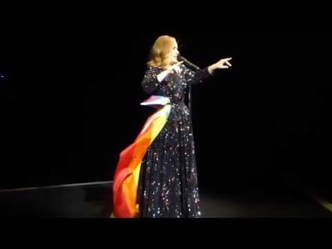Adele - Make You Feel My Love  2016   Apoyando a la comunidad LGBT ♡