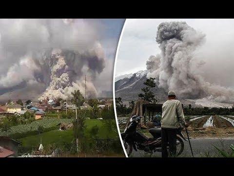 Mount Sinabung DOME 'disintegrates' after eruptions rock volcano!