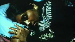 Ezhisai - Rasigan Oru Rasigai ( Video Song )