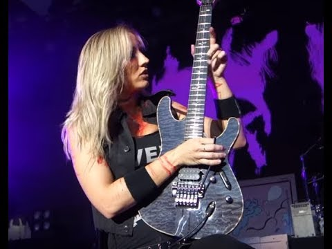 "Nita Strauss new video for ""Alegria"" - Midnight new song ""Rising Scum"" debuts!"