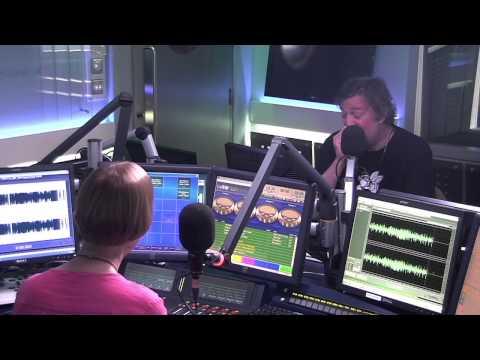 Stephen Fry speaks to Classic FM 1/3