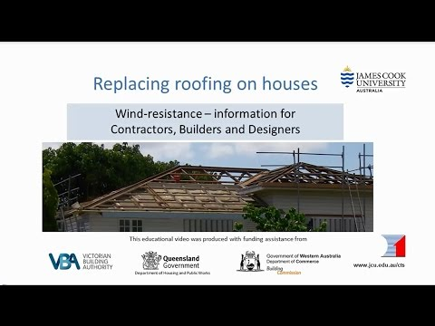 builders---replacing-roofing-on-houses