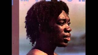 Milton Nascimento - Cravo e Canela (Clove and Cinnamon)