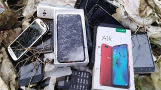 Restoring abandoned destroyed phone || Looking for an old phone in trash