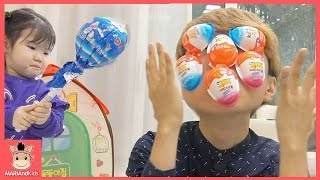 킨더조이 얼굴 가득히 생겼어요! 꾸러기 마법사 유니 말이야 도와줘요 ♡ 똘똘이집 장난감 알까기 초콜릿 먹방 놀이 Kids toys play | 말이야와아이들 MariAndKids