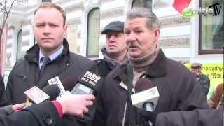 Rolnicy protestują przeciw wyprzedaży polskiej ziemi