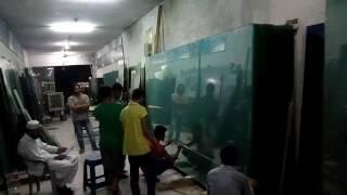 Farooq glass cutting master