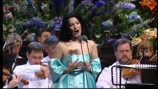 Angela Gheorghiu - Valurile Dunarii: Muzica - Llangollen 2001
