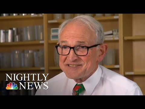 College Physics Professor Inspires With Viral Classroom Lessons | NBC Nightly News