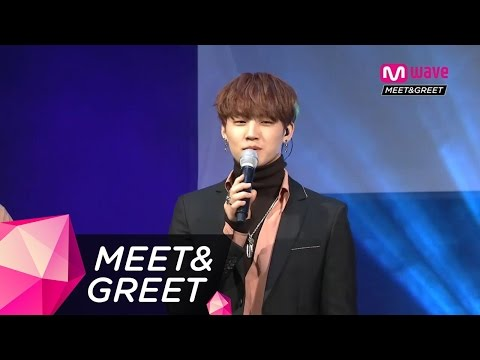 [MEET&GREET] Mark Speaking in Spanish!