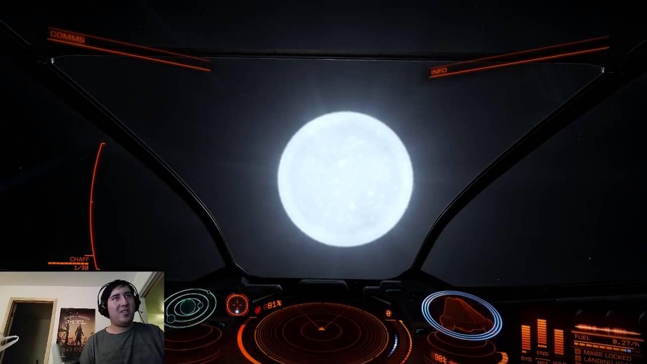 Elite: Dangerous - CMDR Loukass jumps into a White Dwarf ...
