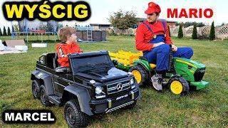 Mercedes G63 AMG 6x6 vs Traktorek  JOHN DEERE - WYŚCIG Z MARIO - autko na akumulator