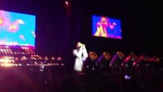 Kanye West-Stronger (Live at Governor