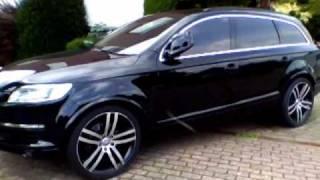 Audi Q7 schwarz