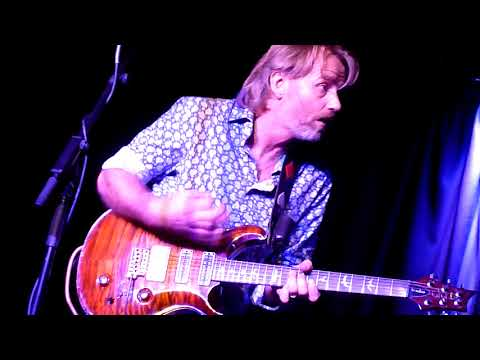 Geoff Achison - Baby Come Back, The Old Fire Station Carlisle 18/04/18.