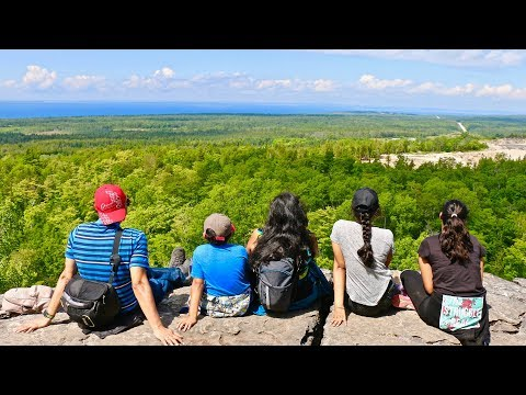 Best Hiking Trails ONTARIO: Amazing Cup And Saucer Hike In Manitoulin Island