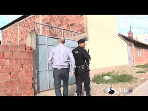 Rubrika Policia: Sulm ndaj personit zyrtar 08/12/2013