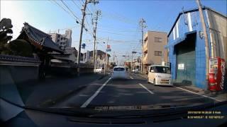 スズキ スイフトシルバー(後期) 愛媛500 む 4037 の自己中心的な運転.