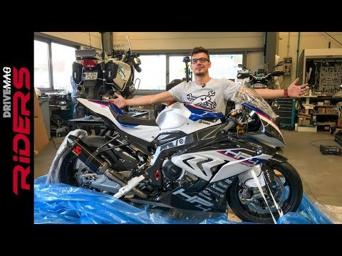 €80.000 BMW HP4 RACE Unboxing & Start-up | S1000RR carbon fiber superbike