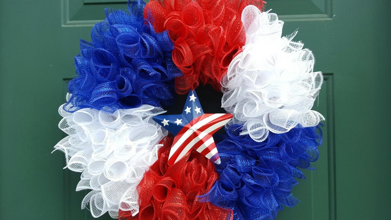 4th Of July Deco Mesh Wreath Memorial Day Wreath Dollar Tree Diy Youtube