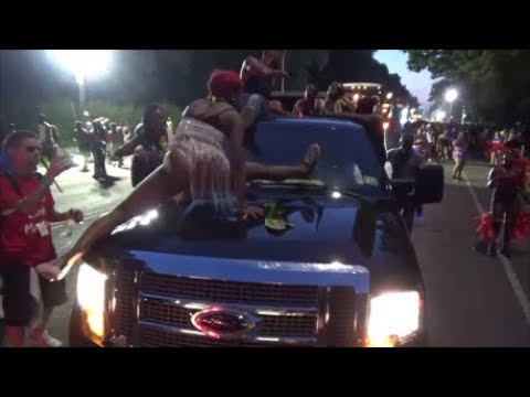 WEST INDIAN LABOR DAY PARADE CARNIVAL 2018 BROOKLYN - JAMAICAN DANCEHALL QUEEN DANCES AT CARNIVAL