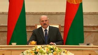 Лукашенко: искусственного повышения цен на бензин в Беларуси не будет(, 2014-11-11T18:53:45.000Z)