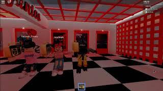 Bailando en ROBLOX porque somos los mejores - Ft. Facu and Joz lmao