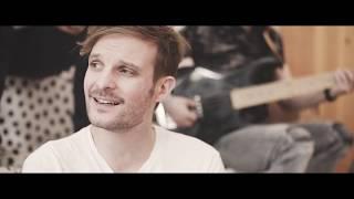 The Biebers feat. Stolen Beat – Minden Este (Official Acoustic Video)