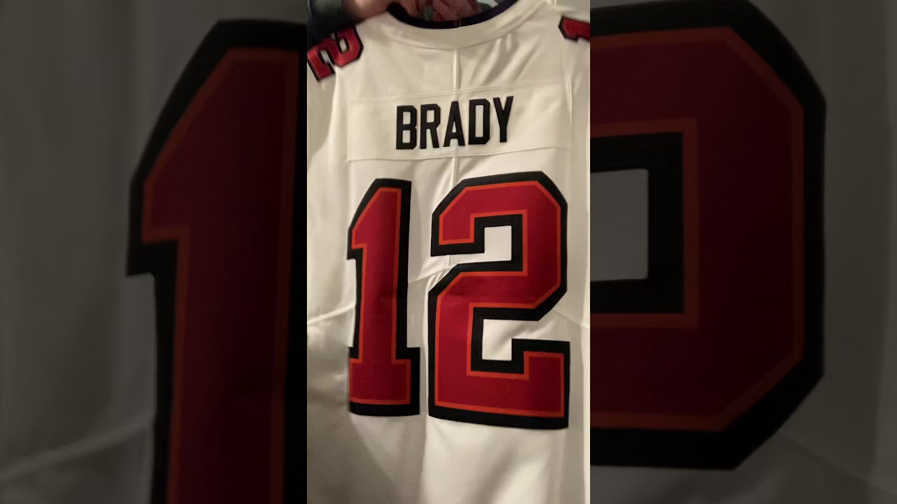 Tom Brady jersey collection - YouTube