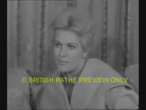 Kim Novak Interview 1956