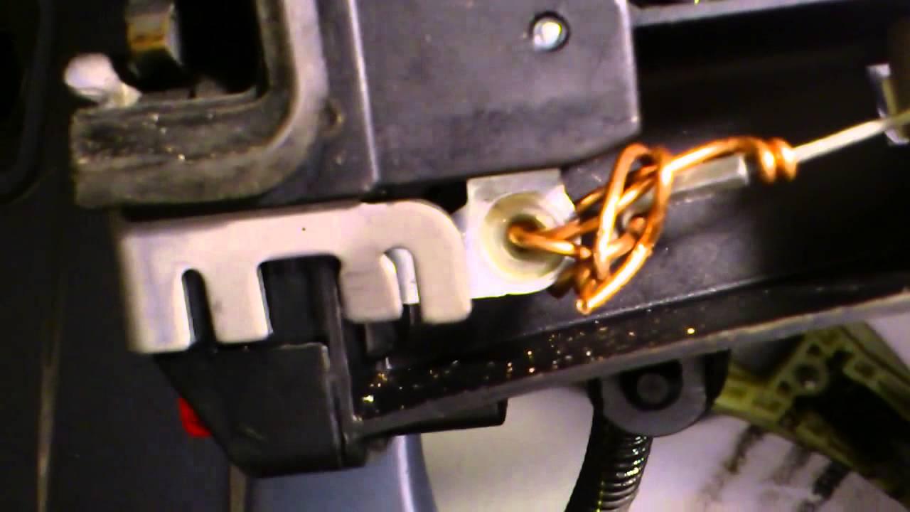Vectra Repair Of Door Lock With Coper Wire Youtube