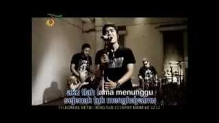 Video ST 12   Pangeran Cinta Karaoke Original Clip Live   YouTube download MP3, 3GP, MP4, WEBM, AVI, FLV September 2018