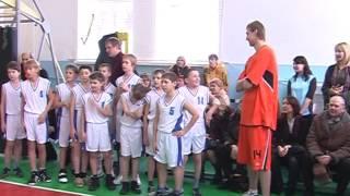 20090103 Мій Архів  Новорічне свято баскетболу