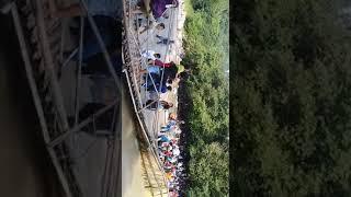 Video Jembatan Roboh di TanjungSari kabupaten Bogor, Senin, 01 Januari 2018. download MP3, 3GP, MP4, WEBM, AVI, FLV Februari 2018
