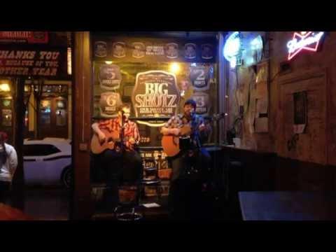 Nashville Bands: a stroll down the strip.