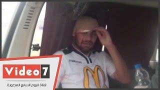 بالفيديو.. عبد الملك يبكى بعد إصابة عنيفة فى رأسه بمباراة المحلة .. والإسعاف تنقله للمستشفى