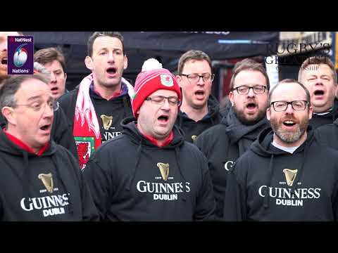 Welsh choir sings The Fields of Athenry in Dublin | NatWest 6 Nations