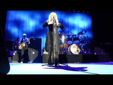 Sisters of the moon - Fleetwood Mac (7 October) Amsterdam