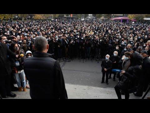 В Ереване проходит митинг оппозиции с требованием отставки премьера Пашиняна